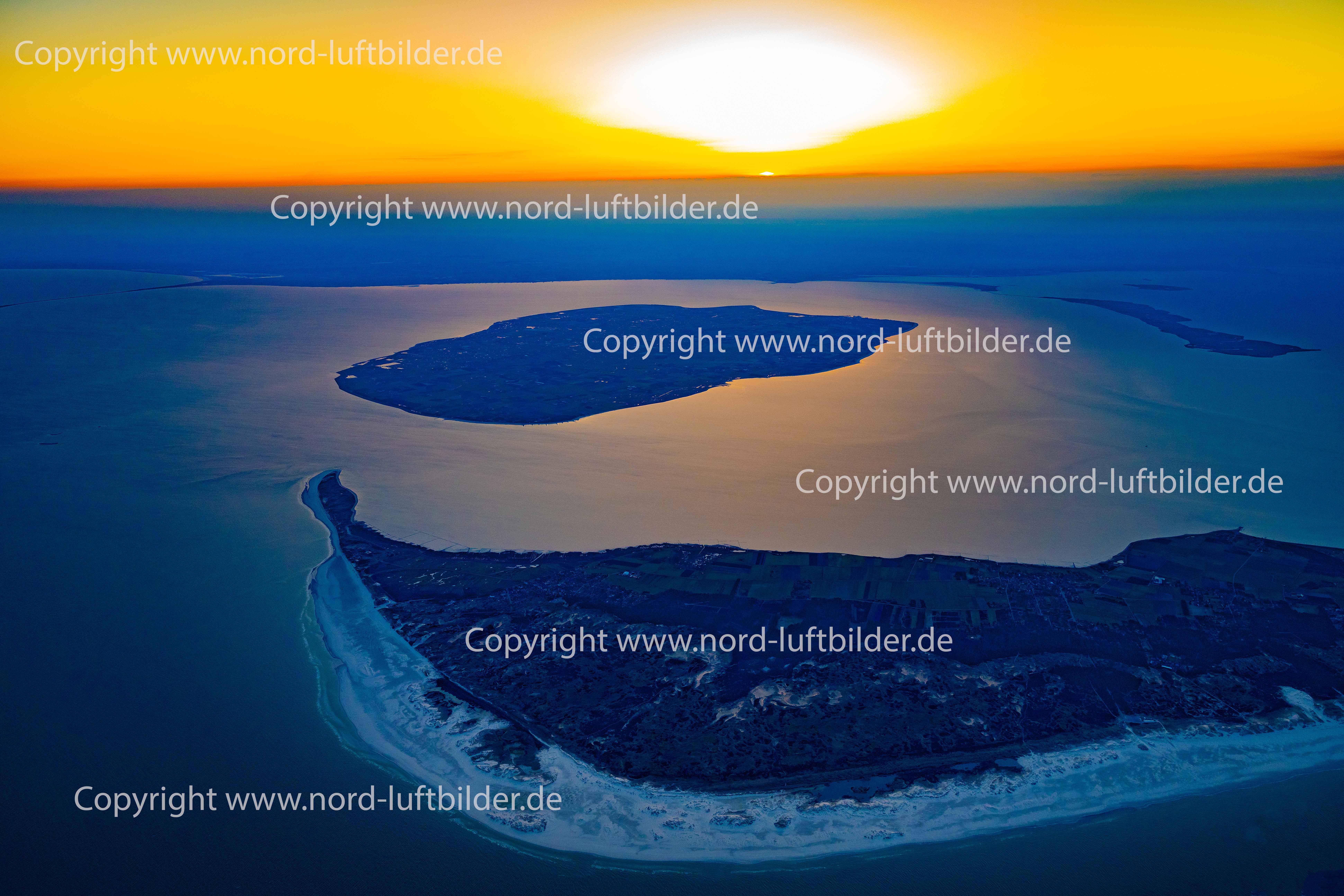 Föhr und Amrum im Sonnenaufgang